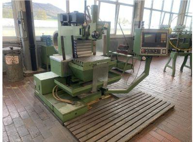 Hermle Fräsmaschine UWF 600 mit wenig Stunden