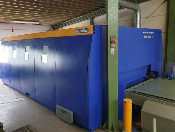 Faser Fiber Laserschneidanlage Hersteller Microstep Typ MSF 3001.15 Baujar 2014 3000x1500mm