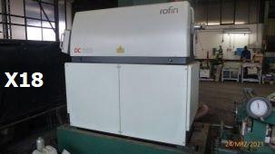 Laserquelle Hersteller: Rofin Sinar  Typ: DC 020 2C Baujahr 02/2002 Spannung 400V Frequenz 50/60Hz  Strom 55A Gewicht 1340 kg   Mit Bedienpult