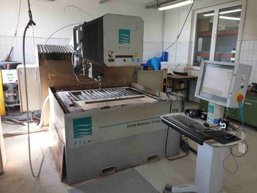 Gebrauchte Wasserstrahlschneidanlage Hersteller Flow Typ IFB2 Arbeitsbereich 1200x1200mm
